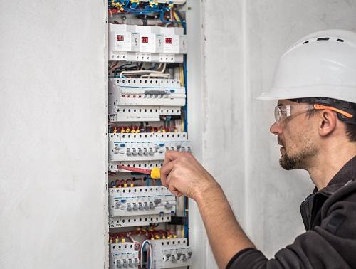 Habilitation électrique à Lyon